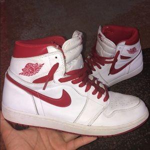 Jordan 1 Retro Metallic Red